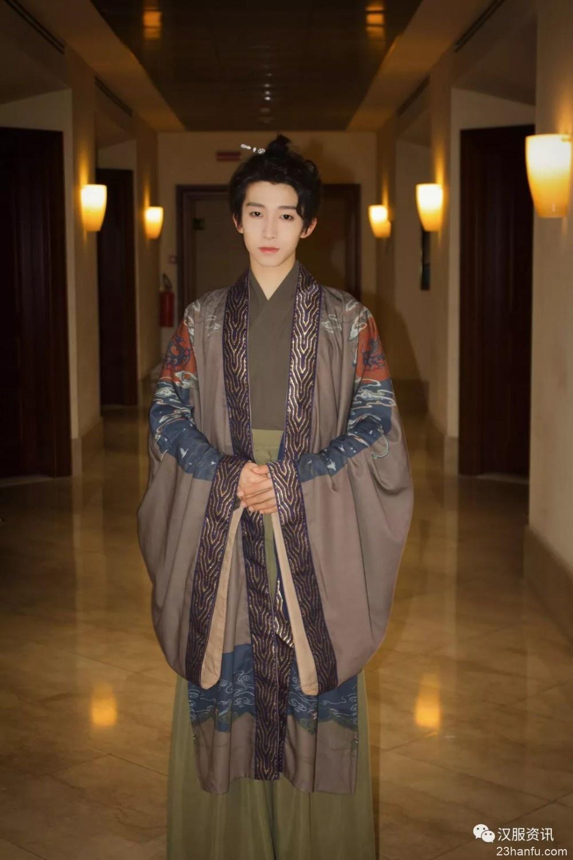 中意文化盛典落幕 国风少年刘宇汉服之美醉千年