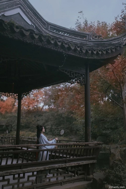 【汉服美图】千年汉服 绽放在这个令人心醉的秋天