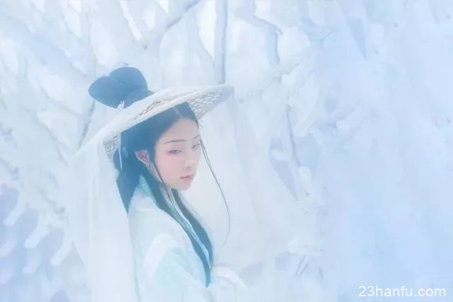 【庐山雪】雪与汉服 点缀着这个冬天的美