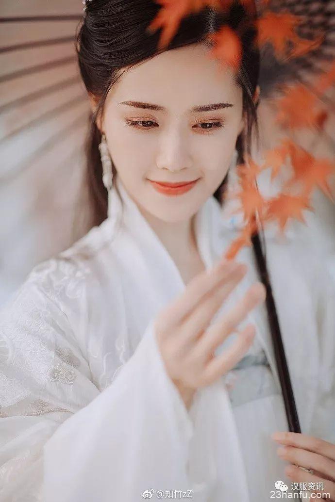 【汉服美图】红霞