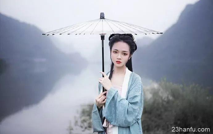 【汉服美图】青山高几许