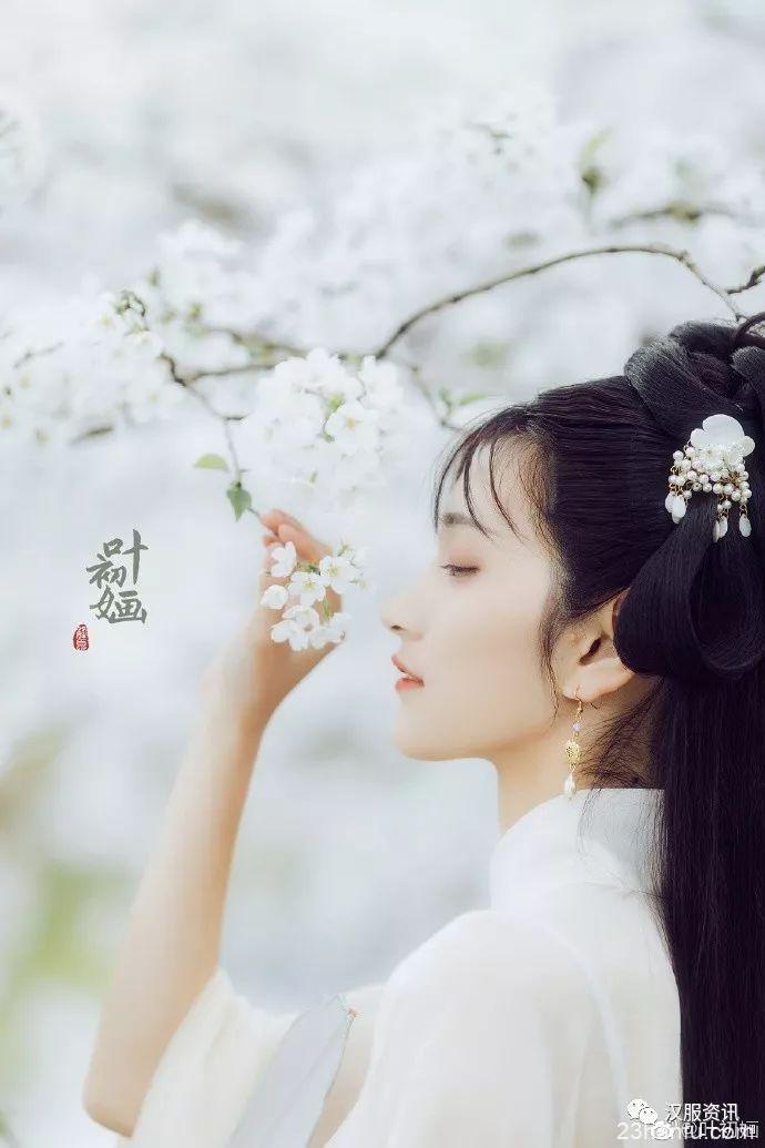 【汉服私影】 春江水满花千树