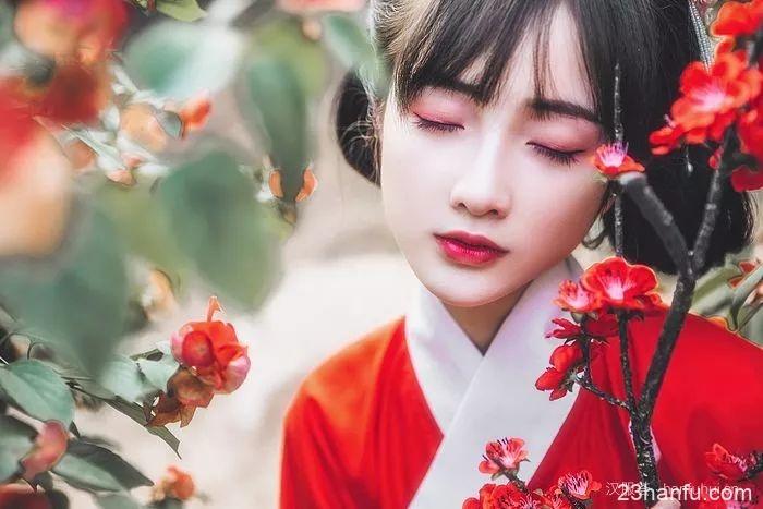 【汉服美景】一萼红