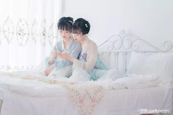 【汉服闺蜜】清晨第一束光是你