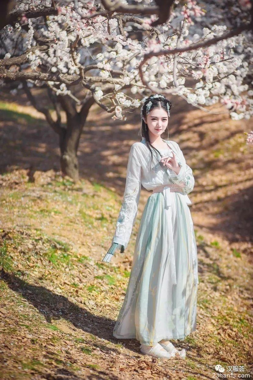 【汉服美景】桃花烂漫杏花稀
