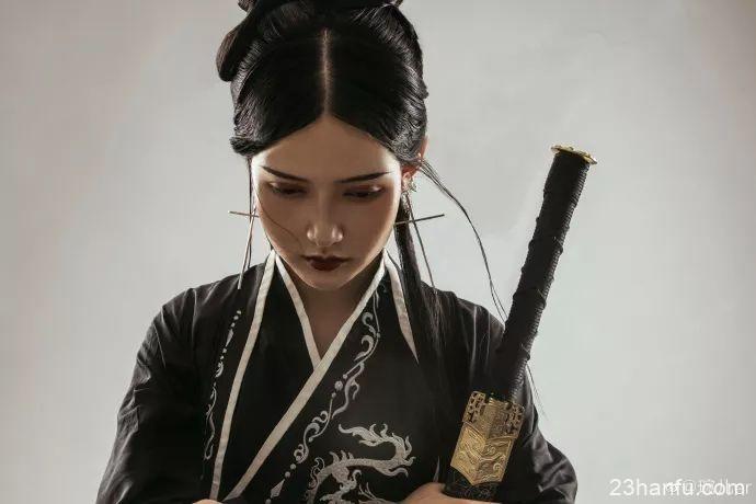 【汉服侠女】曾梦想仗剑走天涯
