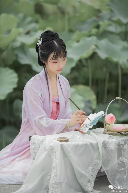 【汉服美景】凌波水中仙