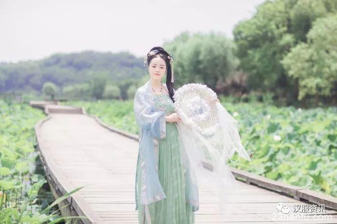 【汉服私影】江南可采莲