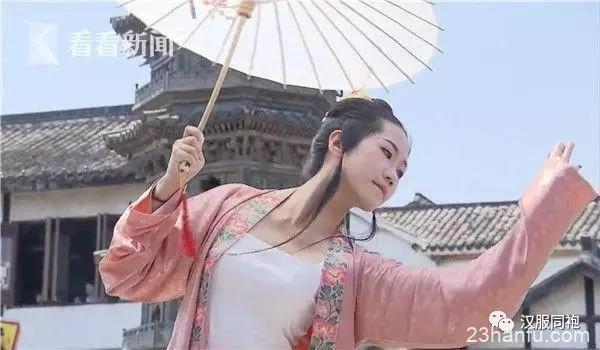 """""""汉服热"""":传统文化复兴还是作秀?"""