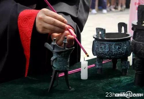 假如三五百年前消亡的不是汉服而是筷子,今天我们会如何传承?