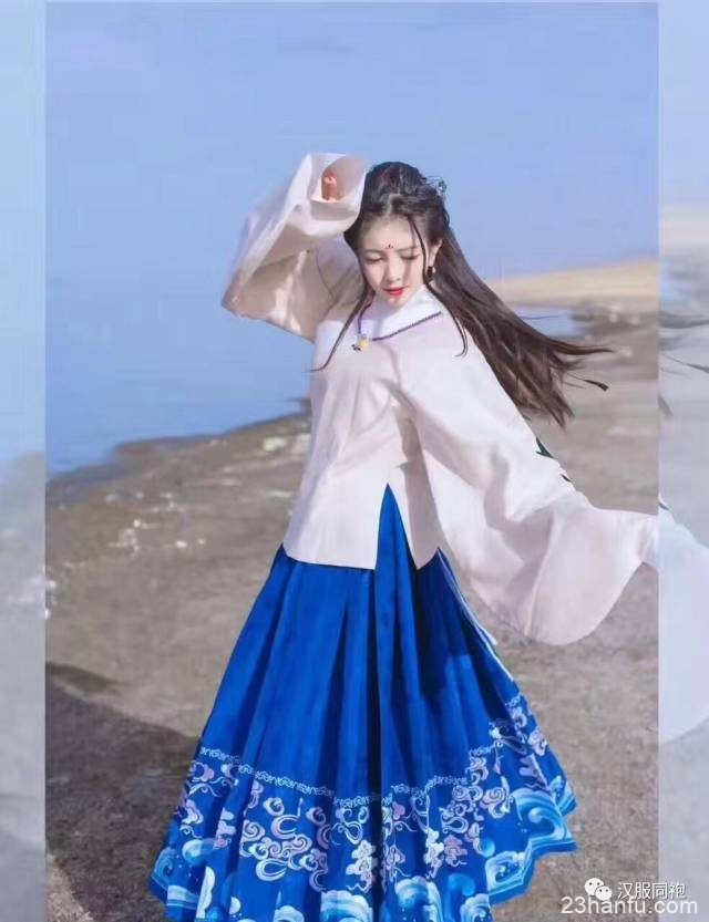 【小知识】中国汉族女子妆容——花钿